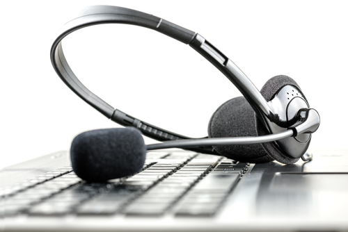 online learning keyboard and headset.jpg